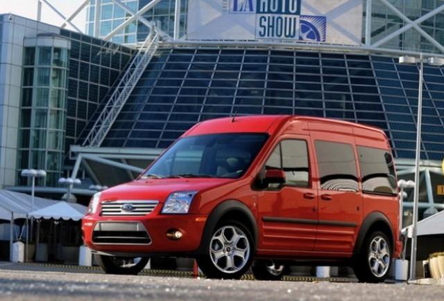 Ford Transit Connect XLT Premium se prezinta
