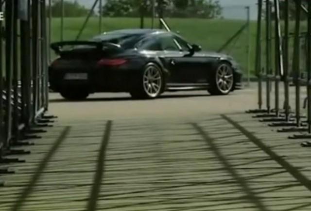 VIDEO: Fifth Gear testeaza cel mai puternic Porsche 911