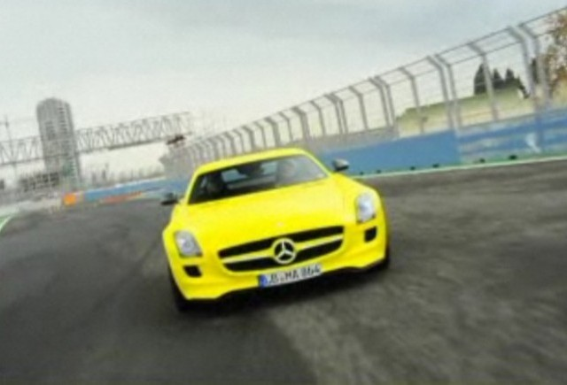 VIDEO: Mercedes SLS AMG E-Cell in actiune