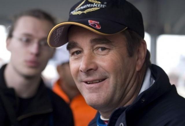 Mansell prezice o lupta titanica pentru 2011