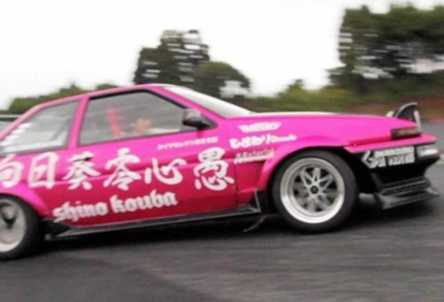 VIDEO: Japonezii prezinta arta drift-ului