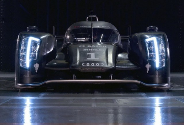 Audi, ce ochi mari ai!