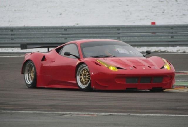 Ferrari scoate noul 458 GTC in teste