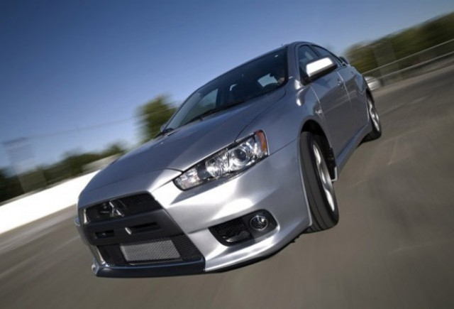 ZVON: Mitsubishi pregateste versiuni electrice pentru noile modele