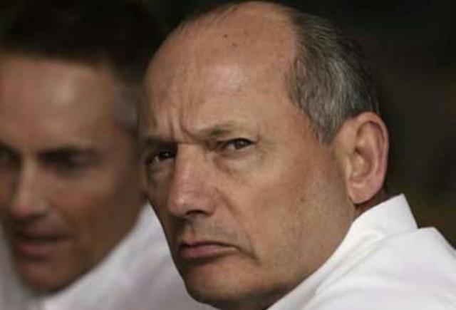 Dennis: Ecclestone ne-a furat Formula 1