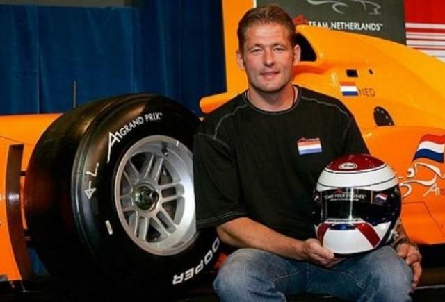 Verstappen sustine prezenta a trei masini pe echipa
