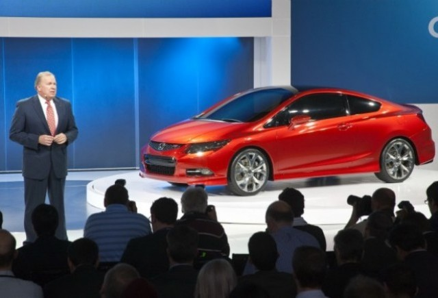 Detroit LIVE: Honda prezinta conceptul Civic sedan si coupe