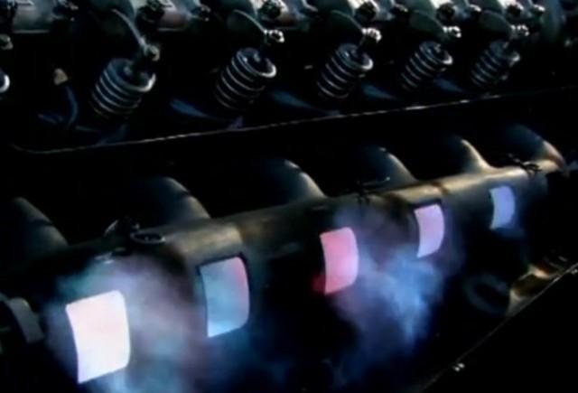 VIDEO: Iata cum suna un motor cu 12 cilindri de 47 de litri!