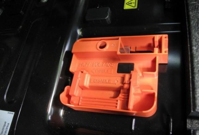 Toyota cerceteaza noi tipuri de acumulatori
