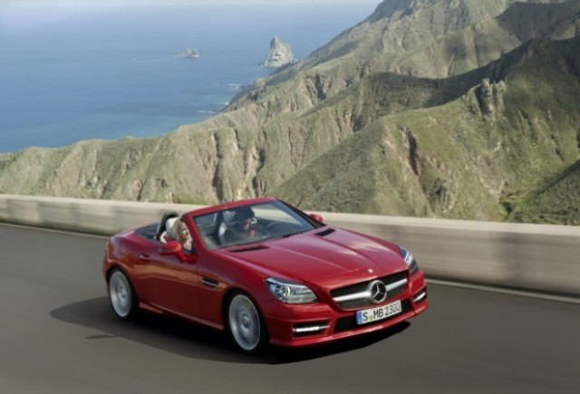 OFICIAL: Iata noul Mercedes SLK!