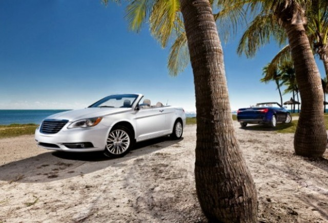 Iata noul Chrysler 200 decapotabil!