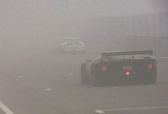 VIDEO: Frigul si ceata n-au putut tine P4/5 departe de pista