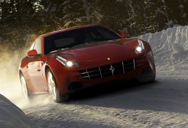 GALERIE FOTO: Noi imagini cu modelul Ferrari FF