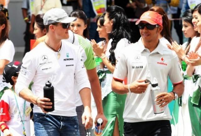 Hamilton: Schumacher nu va fi mai bun in 2011