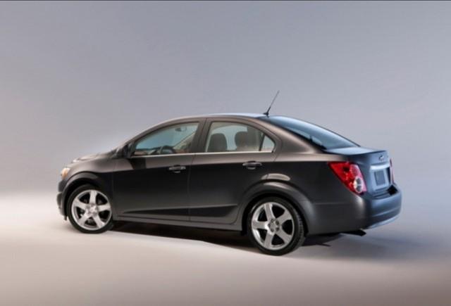 Noul Aveo sedan  - premiera europeana la Salonul Auto de la Geneva 2011