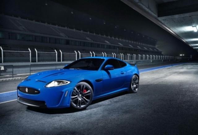 Jaguar aduce supercarul XKR-S la Geneva
