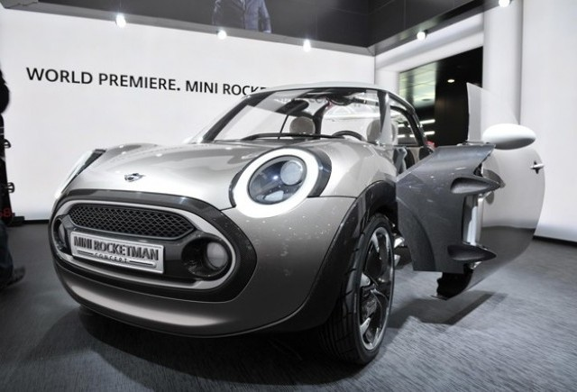 Geneva LIVE: MINI Rocketman Concept