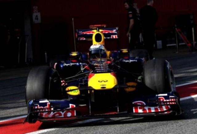 Vettel conduce ostilitatile in ziua a doua a testelor finale