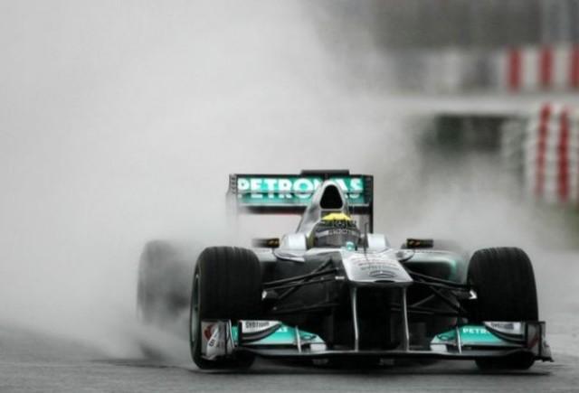 Rosberg se impune pe ploaie in ultima zi de teste