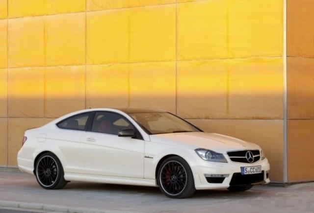 OFICIAL: Iata noul Mercedes C63 AMG Coupe!