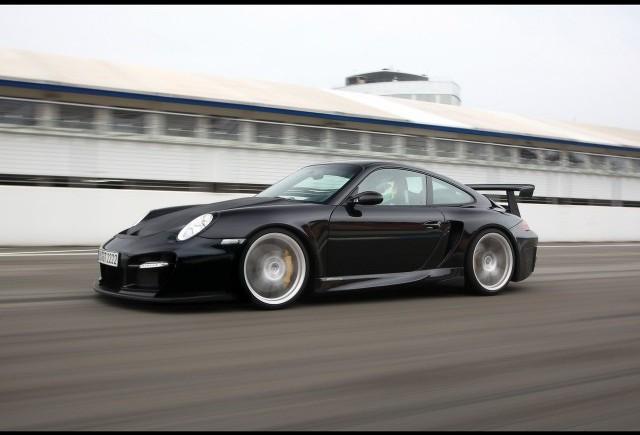 Un nou model Porsche, plasat intre 911 si 918?