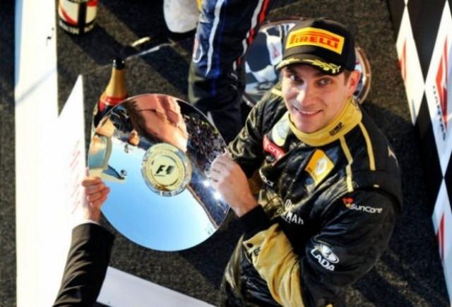 Petrov se vede lider la Renault