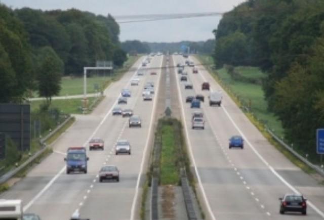 Vor sa limiteze viteza pe autostrada in Germania