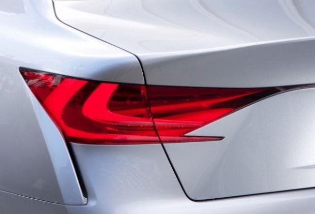 Lexus publica primul teaser al noului LF-Gh