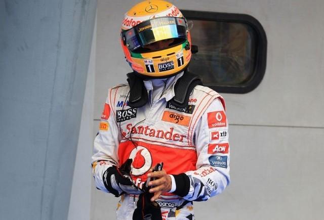 Hamilton si Alonso, penalizati in cursa de la Sepang