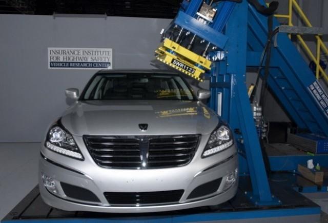 Hyundai Equus primeste maximum de puncte la testele IIHS