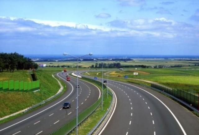 Autostrazi pavate cu penalitati: 9 companii