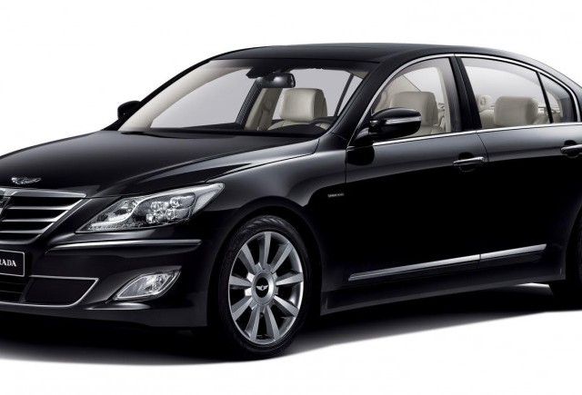 Luati bani si avionul catre Coreea: Hyundai Genesis Prada, editie limitata