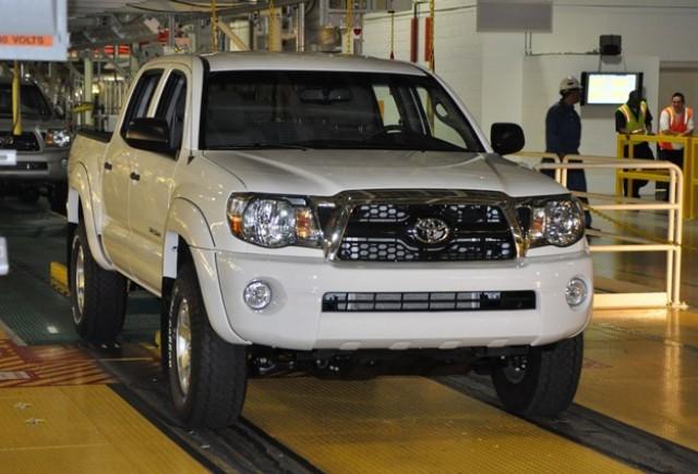 Toyota estimează revenirea producţiei la 100% în septembrie