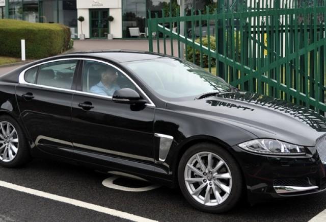 Noul Jaguar XF 2.2 Diesel merge de la Birmingham la München cu un rezervor de combustibil