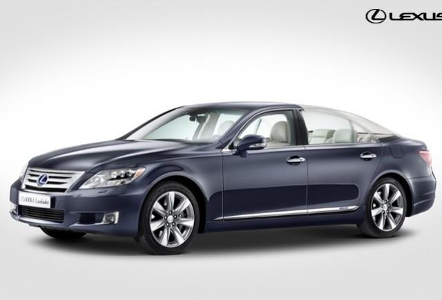 O varianta unica a modelului Lexus LS 600h este masina oficiala a nuntii regale din Monaco