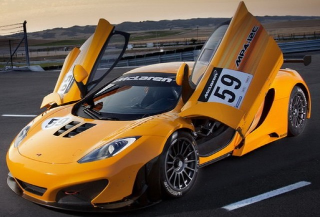 VIDEO:  McLaren MP4-12C GT3 debutează la Goodwood