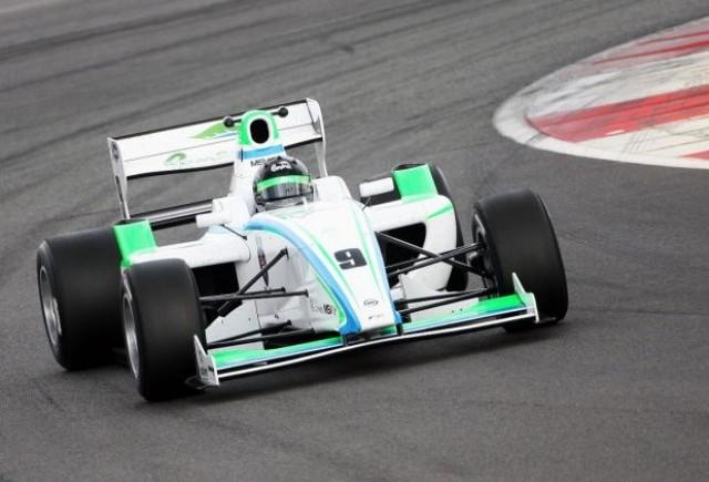 Marinescu, doar al 11-lea in cursa a doua de la Nurburgring