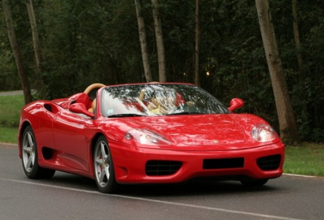 VIDEO: O tură cu Ferrari 360 Spider