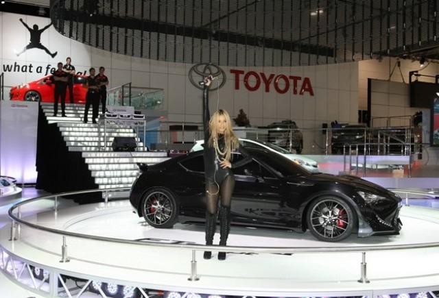 Australian International Motor Show 2011 – maşini şi fete