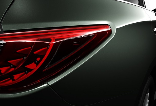 Teaser Infiniti - New JX Crossover