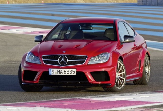 OFICIAL: Mercedes-Benz lanseaza C63 AMG Coupe Black series