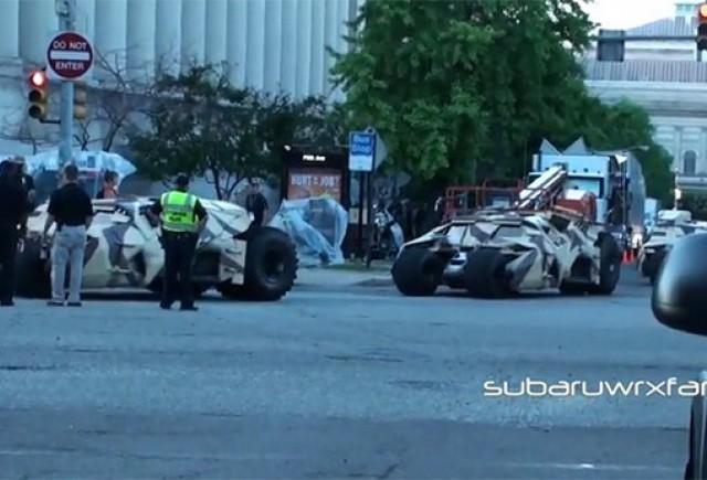 Un hot a incercat sa fure o masina de politie fara insemne in timpul filmarilor la Batman