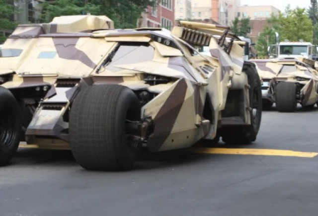 VIDEO: Caravana Batmobile pe strazile din Pittsburgh