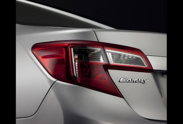 Toyota Camry – fotografia nr.2