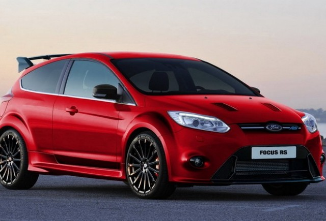 Ford Focus RS este in carti