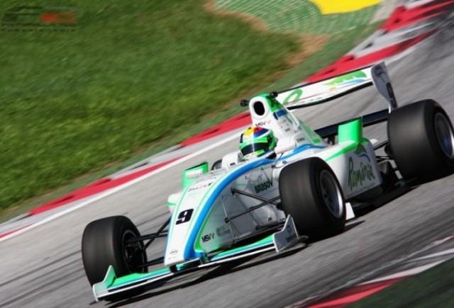 Mihai Marinescu reuseste primul podium in Formula 2