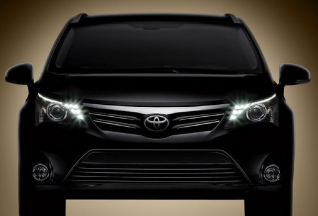 Toyota prezinta  Avensis Facelift
