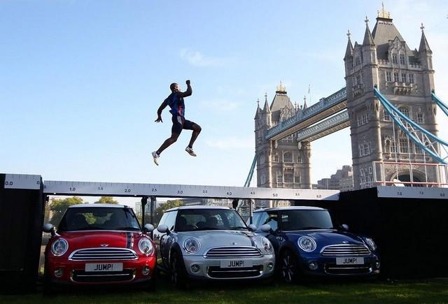MINI lanseaza editia speciala London 2012