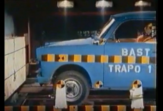 VIDEO: Crash Test - Trabant