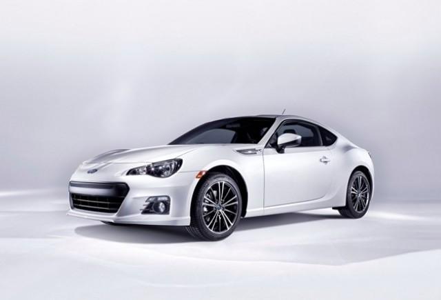 Imagini cu modelul de productie Subaru BRZ